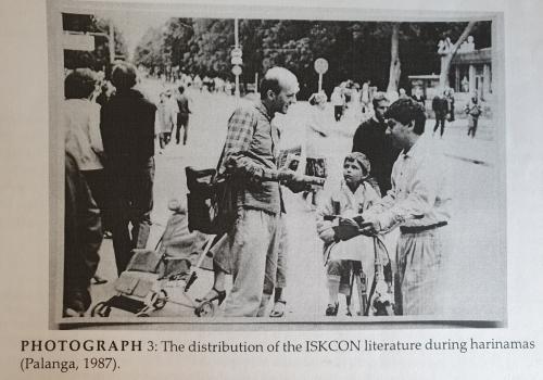 Knygų platinimas ir Harinama Palangoje 1987